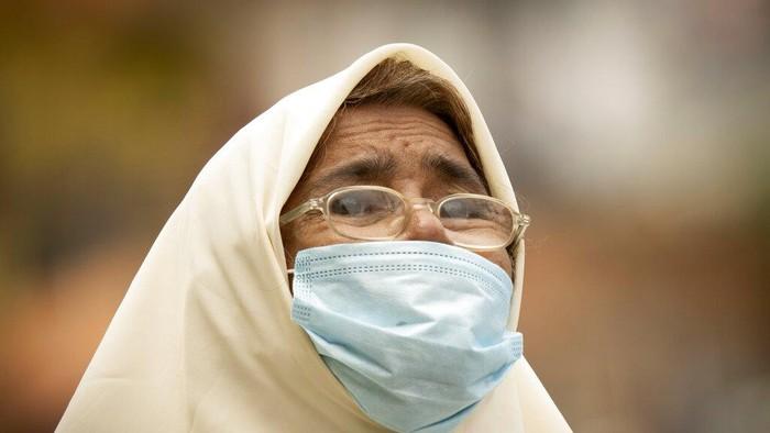 Malaysia menjadi salah satu negara asia yang dinilai berhasil melawan pandemi COVID-19. Lebih dari setengah kasus positif di sana telah dinyatakan sembuh.