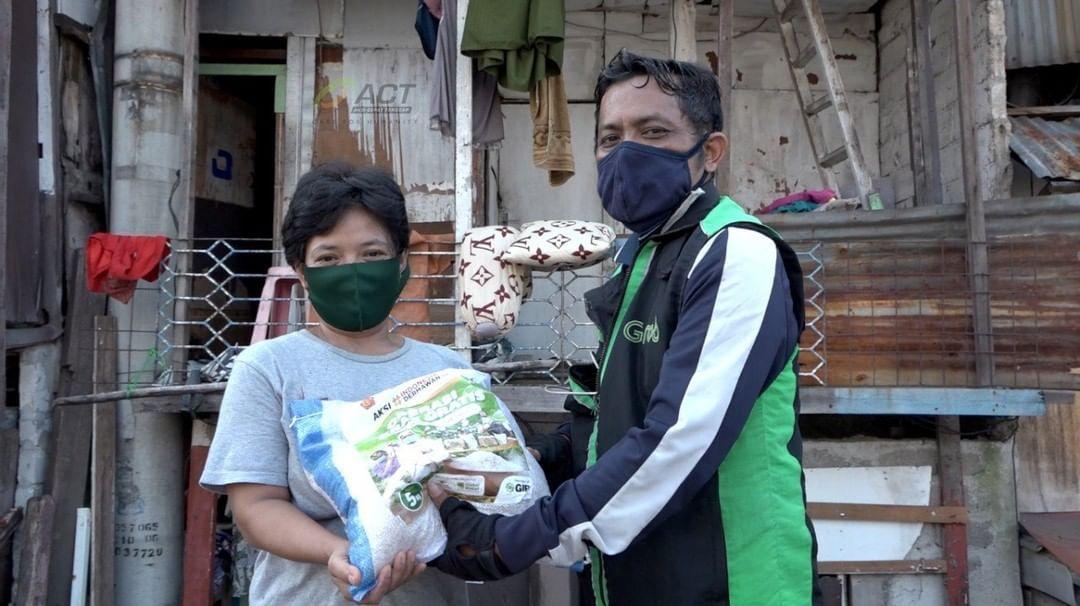 beras gratis ACT