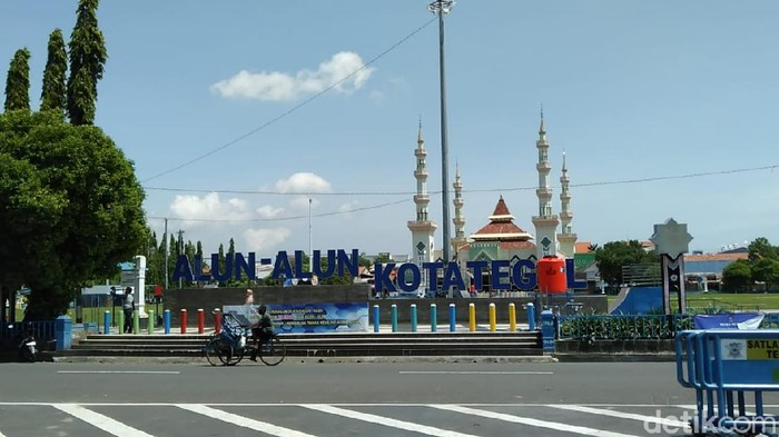 Suasana Kota Tegal yang telah sepekan ini menerapkan PSBB, Kamis (30/4/2020).