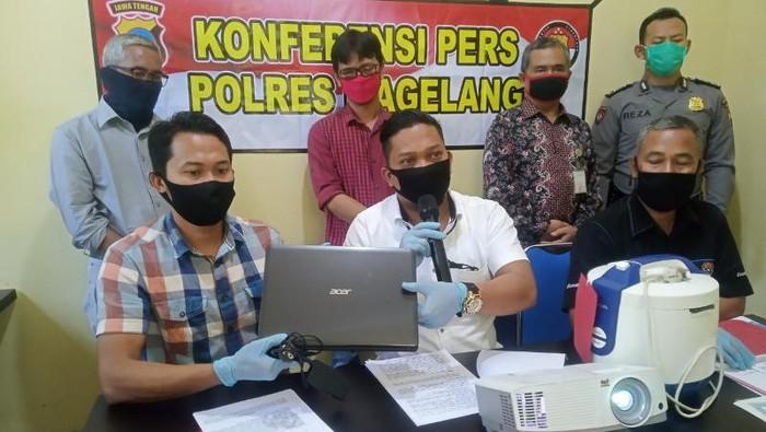 Jumpa pers dugaan korupsi sertifikasi tanah di Polres Magelang, Kamis (30/4/2020).