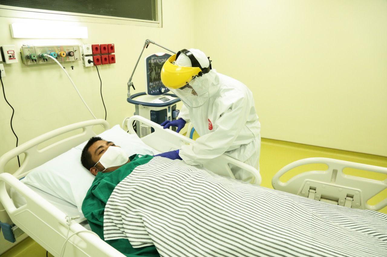 Penyerahan Perlengkapan Medis ICU dan HCU Gedung Kiara, RSUPN DR.Cipto Mangunkusumo Untuk Penanggulangan Covid-19.