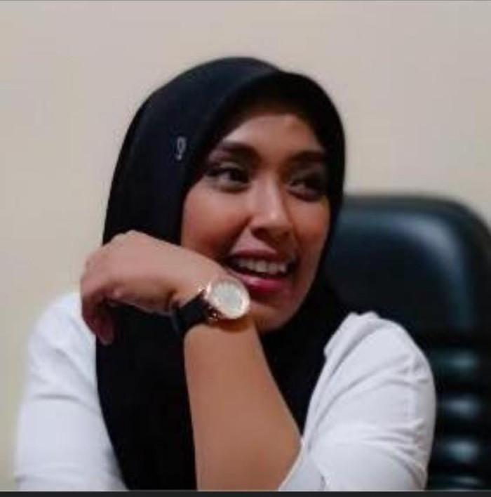 Ulfah Lanto, Camat Ujung, Kota Parepare, Sulawesi Selatan (Sulsel), angkat bicara soal tudingan penodaan agama yang ditujukan ke dirinya karena membubarkan salat Jumat di masjid setempat.