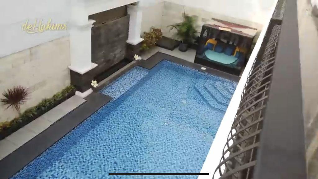 rumah Iis Dahlia