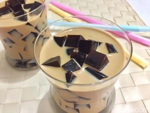 Menu Harian Ramadhan ke-26 : Seruput Coffee Jelly yang Segar Untuk Berbuka
