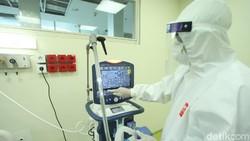 Rumah Sakit Cipto Mangunkusumo (RSCM), Jakarta menerima peralatan medis untuk pasien COVID-19 dari CT Corp bersama Bank Mega. Begini penampakannya.