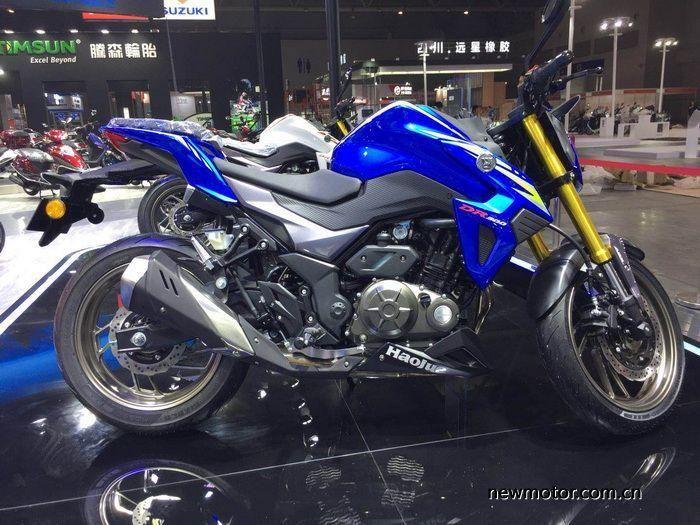 Suzuki GSX-S300 pada ajang pameran tahun lalu.
