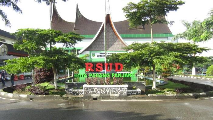 13 tenaga medis di RSUD Padang Panjang Positif Corona.