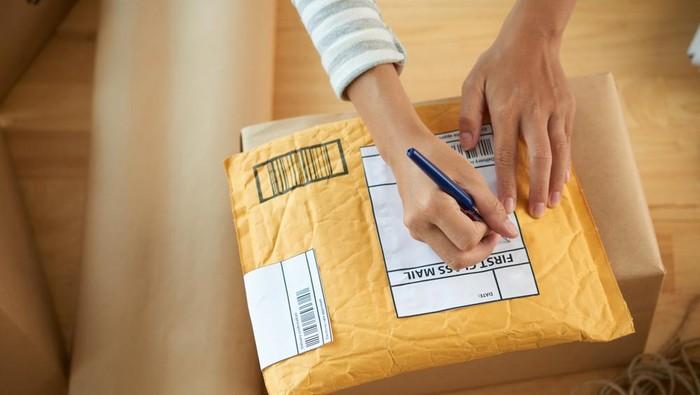 Ilustrasi Paket