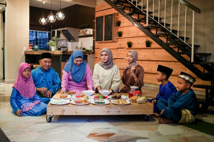 family Iftar meal in ramadhan
