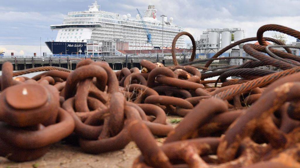 Puluhan Kapal Pesiar Mengambang di Laut Tanpa Tujuan, Gegara COVID-19