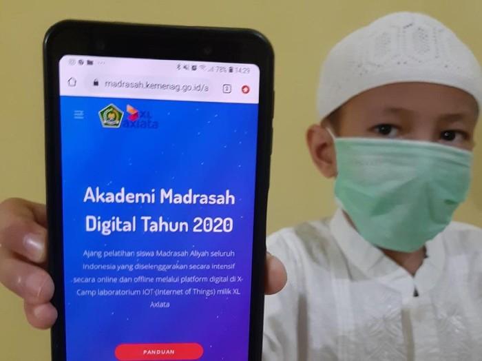 XL Axiata dan Kementerian Agama meluncurkan Akademi Madrasah Digital 2020.
