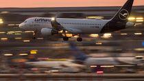Potret Maskapai Penerbangan Dunia yang Terkapar Dilibas Corona