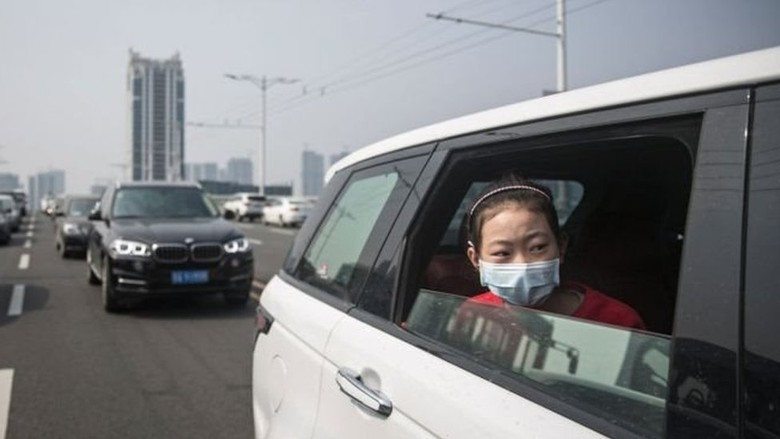Virus corona: Mobil antivirus di China dengan perlindungan seperti pakai masker wajah: Dengan kemudi bebas bakteri, taktik pemasaran belaka?