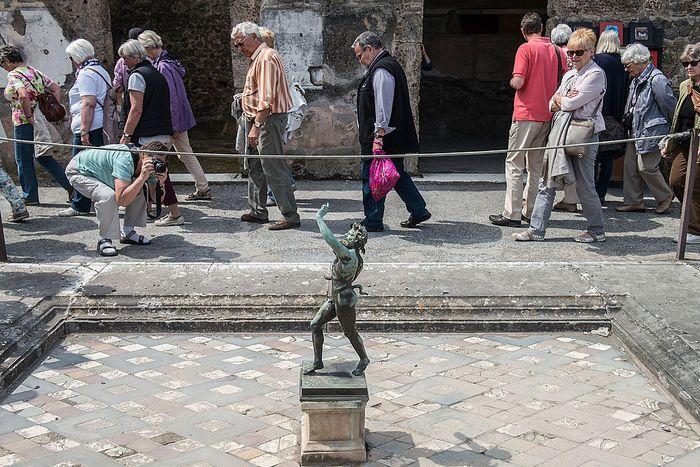 Kota Pompeii jadi salah satu situs warisan dunia UNESCO. Reruntuhan bangunan yang berada di kawasan itu jadi bukti keberadaan Kota Pompeii yang melegenda.