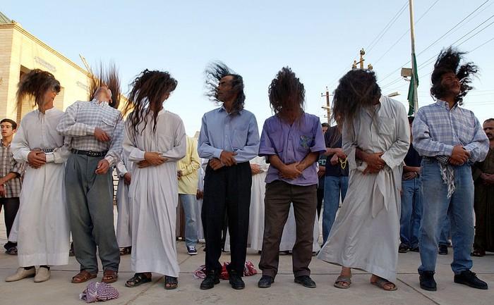 Sufi merupakan ilmu yang mendalami tentang tasawuf. Di Irak terdapat sebuah kelompok yang menganut sufi Kasnazani. Penasaran?  Yuk, lihat tradisi mereka.