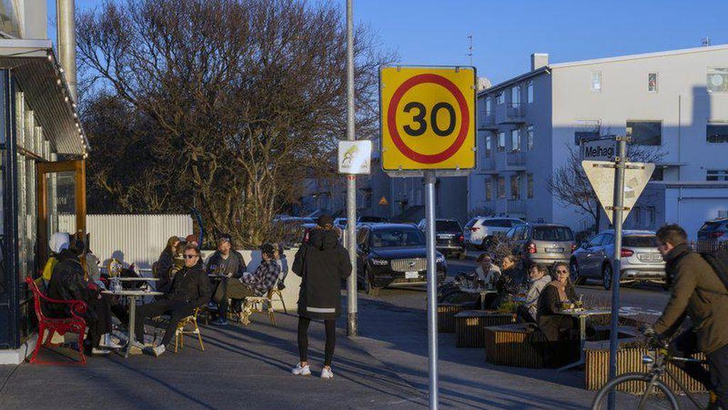 Islandia Izinkan Pelancong Masuk dengan Syarat Bawa Bukti Vaksinasi Covid