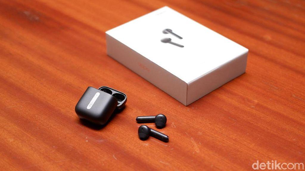 Unboxing Oppo Enco Free, Pesaing Apple Airpods Harga Rp 1 Jutaan