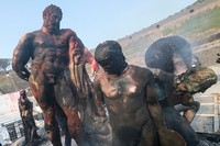 Tragedi meletusnya Gunung Vesuvius yang membenamkan kota kuno Pompeii di bawah kota modern Naples kini,kerap jadi objek rasa penasaran banyak orang. Rumor dan spekulasi berembus seiring riset yang terus dilakukan sejak 1748 ketika Pompeii digali dari kedalaman perut bumi. Mario Laporta/KONTROLAB /LightRocket via Getty Images.