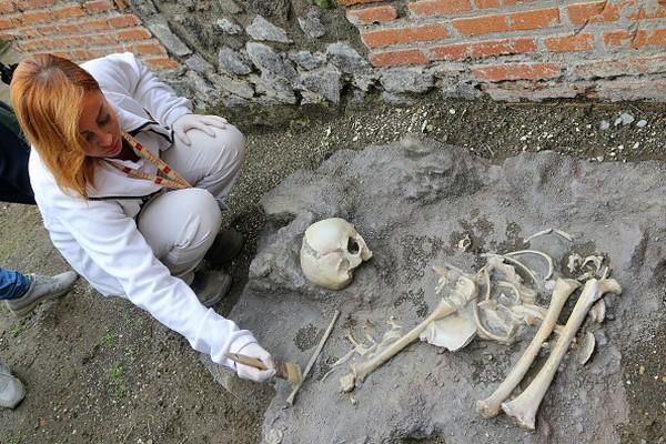 Bahkan Analisis arkeolog University of Cambridge, Professor Andrew Wallace-Hadrill, menyebutkan bahwa artefak dan bangunan di Pompeii mengindikasikan prinsip masyarakat yang begitu menggandrungi seks. Carlo Hermann/KONTROLAB/LightRocket via Getty Images.