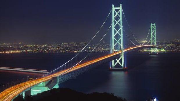 Jembatan Akashi-Kaikyo (FotoGYRO PHOTOGRAPHY/amanaimages/Corbis via CNN)