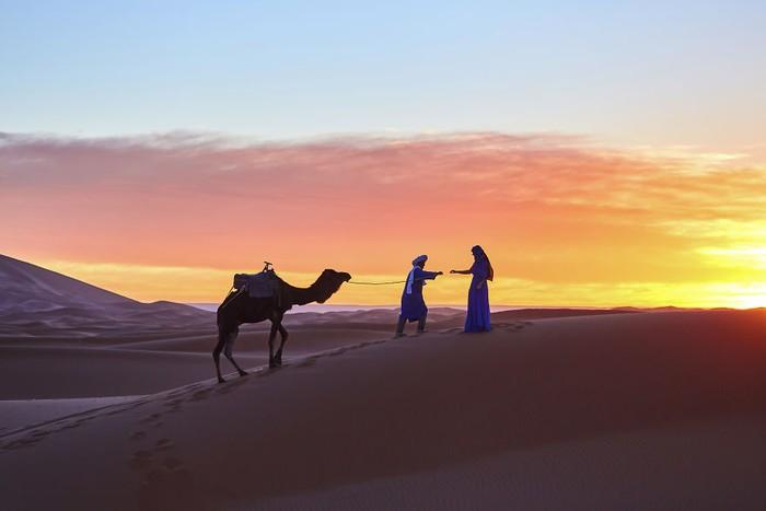 Maroko memang sudah terkenal akan keindahan dan keeksotisannya. Mulai dari luasnya padang pasir yang sepi hingga keramaian kota budaya Marrakech yang memukau.