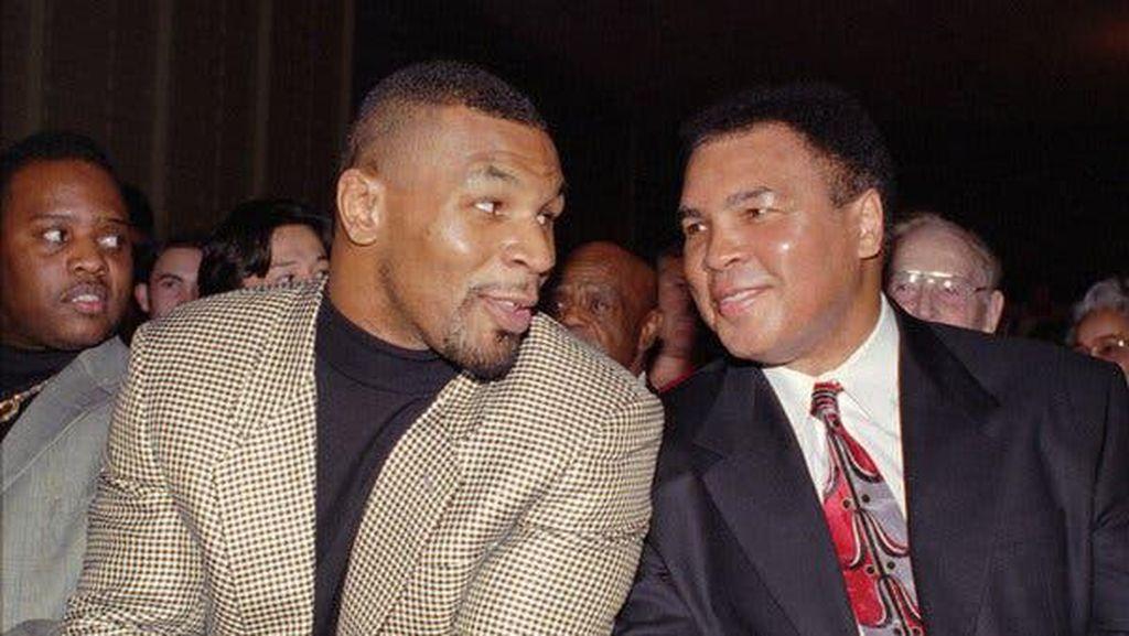 Mike Tyson dan Muhammad Ali, Bukti di Atas Langit Masih Ada Langit