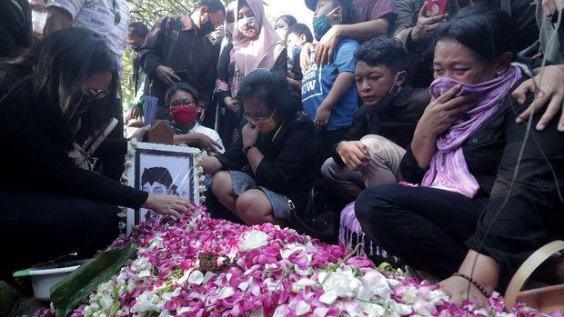 Pemakaman Didi Kempot /