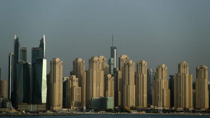 Tampak pemandangan lenggang kawasan Jumeirah Beach Residence (JBR), Dubai, Uni Emirat Arab.