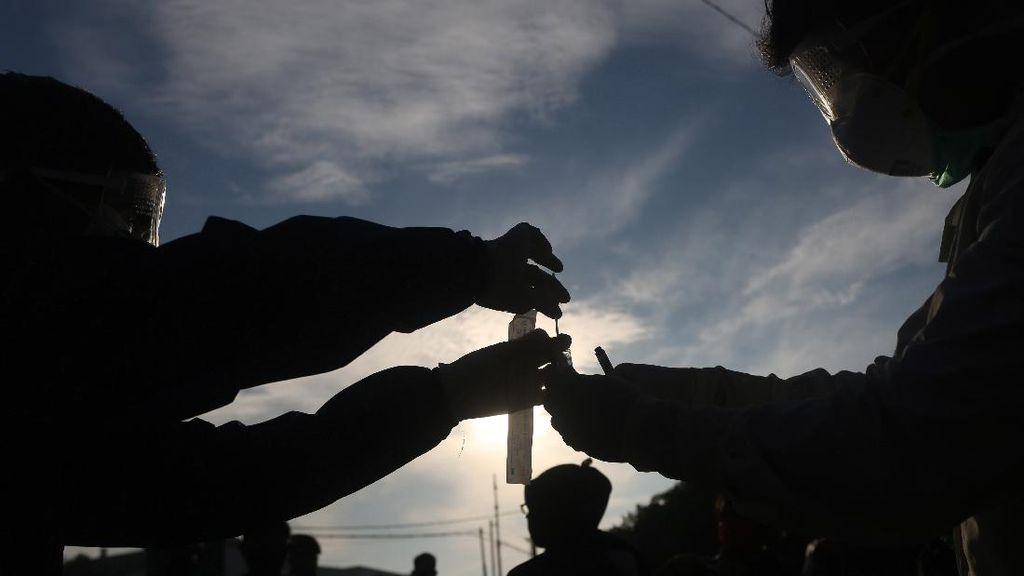 Disorot Jokowi karena Kasusnya Melonjak, Ini Sebaran COVID-19 di Jateng
