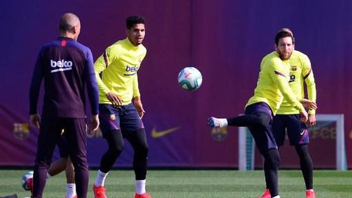 Barcelona Kini Sudah Latihan Tanpa Jaga Jarak