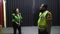 Viral Driver Ojol Jambi Protes Dibubarkan, Polisi Bicara Aturan Jam Malam