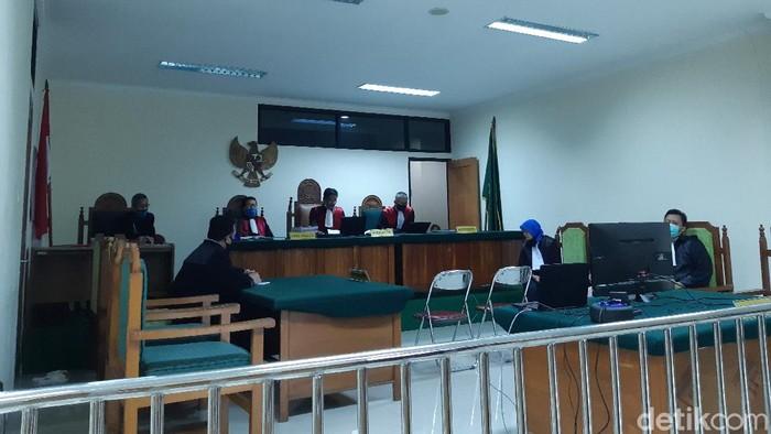 Sidang Kasus Bos Narkoba di Banten