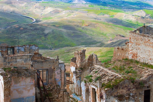 Kota ini berada di ketinggian 391 mdpl. Para penduduknya mencari nafkah dengan bertani gandum. (Getty Images/iStockphoto)