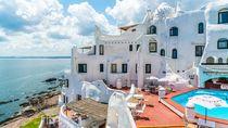 Hotel Unik di Uruguay, Di Pinggir Tebing & Dibangun Selama 36 Tahun
