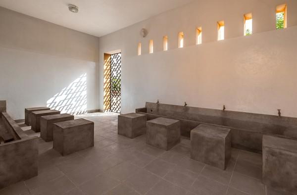 Penampakan tempat wudhu di Masjid Dandaji. Istimewa/Dok. James Wang via Archdaily.