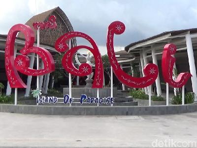 Kemenparekraf Gandeng Bali untuk Siapkan Protokol Pariwisata Baru