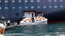 ABK Kapal MS Amsterdam Tiba di Tanjung Priok
