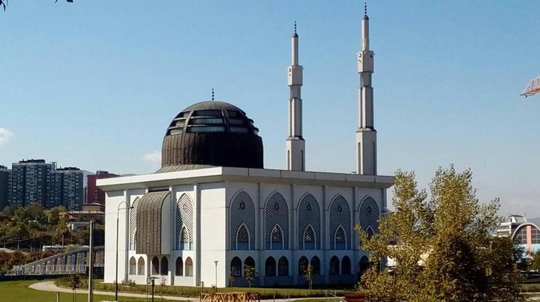Istiklal Dzamija di Sarajevo.