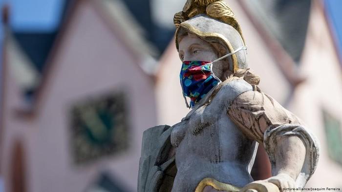 Jerman 100 Hari Setelah Kasus Pertama Corona, Masker Warna Warni Jadi Normalitas Baru