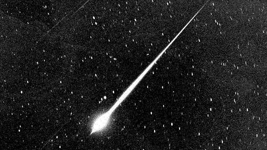 Dentuman di Bali Akibat Asteroid Masuk Atmosfer, Diduga Jatuh di Laut