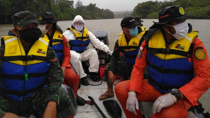 Proses pencarian pencari kodok yang hilang di Sungai Musi (dok. Istimewa))