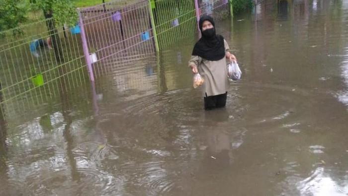 Banjir di RPTRA Taman Jangkrik