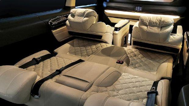 Captain Seat bisa dilipat seperti kasur di Mercedes-Benz Vito RSE