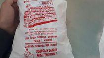 Ada Imbauan Jadi Peserta KB di Bungkus Toko Roti Legendaris Bandung