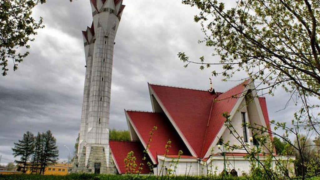 Masjid Unik Ini Jadi Saksi Penyebaran Islam di Negeri Beruang Merah