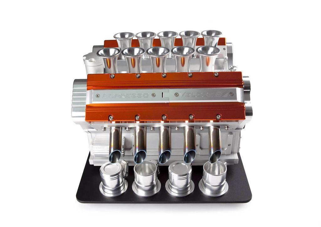 Saat Mesin Formula 1 Digunakan untuk buat kopi.