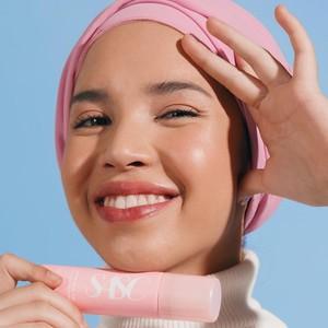 5 Face Mist untuk Bikin Wajah Segar dan Glowing Saat Tidak Makeup