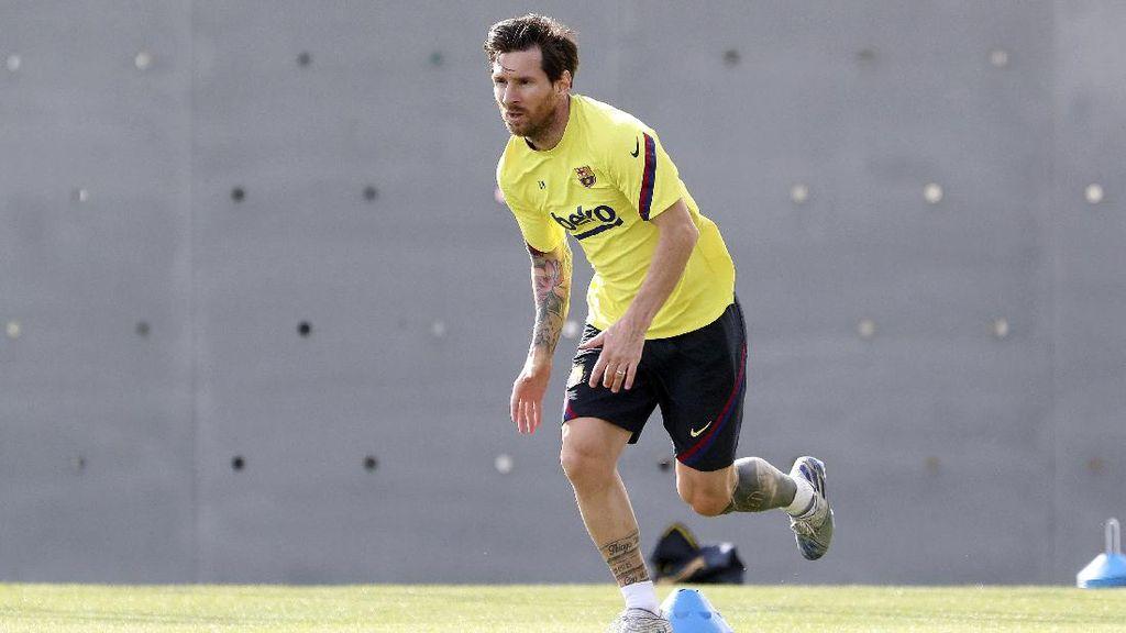 Potret Messi dkk Kembali Menggiring Bola di Latihan Barcelona