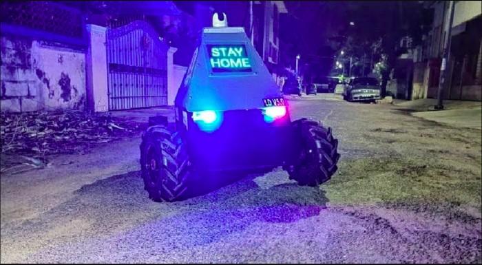 Polisi Ini Kerahkan Robot, Periksa Pelanggar Lockdown