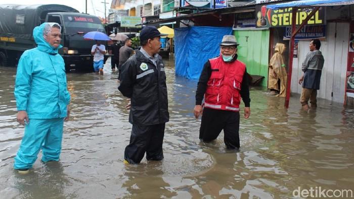 Pemantauan banjir di Banda Aceh (Dok. Pemkot Banda Aceh)
